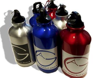 botellas aluminio con vinilo aplicado